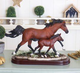 Семья лошадей SM00139-3