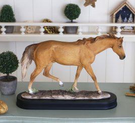 Конь SM00287