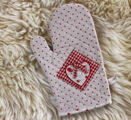 Варежка для горячего красная -Сердечко Гранд Презент 204070
