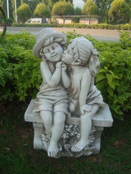 Садовая  фигура Поцелуй 44X27X64.5 см