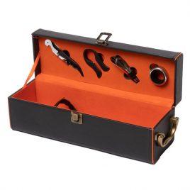 Подарочный набор для вина (1 бутылка и 5 предметов) 35*11.5 см черный 980008